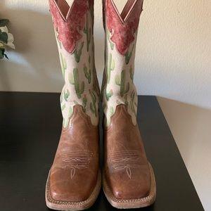 Women's size 7 Ariat Cactus Boots